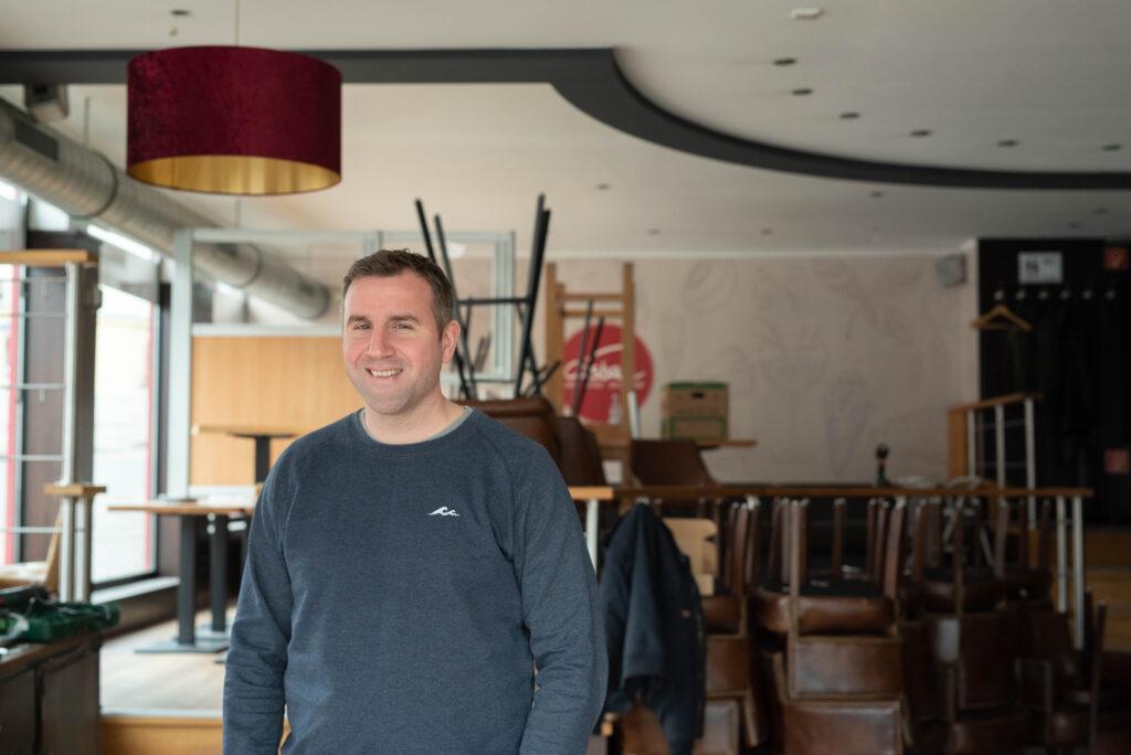 Casbah Siegburg, Portrait von Lukas Yiannakis, Nachhaltige Fotografie, Businessfotografie NRW, Hennef, Blog, Artikel, Interview